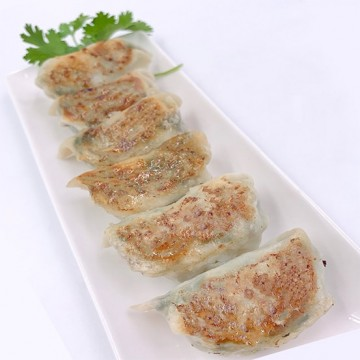 SEAFOOD GYOZA 韭菜鲜虾饺子